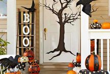 Spooktacular Halloween Doors and Porches
