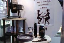 vetrine negozio / Vetrina a tema caffè della pasticceria Crazy Cream a Collegno(TO)