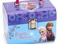 DISNEY FROZEN GIFTS / Toy boxes for girls and boys