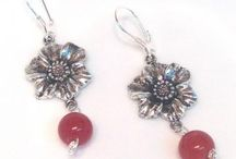 HannahsGems Jewelry / Looking for jewelry you can wear from home, to the office, and out to a special event (business conference, graduation, or wedding)--take your pick from Hannah's Gemstone Jewelry designs. http://www.zibbet.com/HannahsGems (Zibbet marketplace) http://www.hannahsgemstonejewelry.com (my website) / by Hannah's Gemstone Jewelry