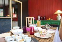 Ils savent recevoir ! /  Petits-déjeuner, tables d'hôtes, et petites attentions pour leurs clients : nos propriétaires savent recevoir !