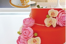Cupcakes and Cakes / by Theresa Frazier