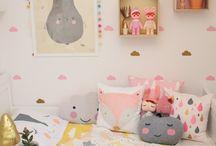 Habitaciones Infantiles / Ideas para organizar y crear ambientes cálidos para bebés y niños.