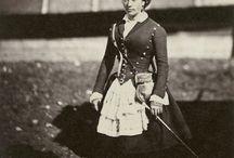 Roger Fenton / Первый военный фотограф последней джентльменской войны. Военный репортаж и жизнь людей 19 века.