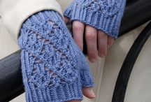 Crochet gloves and shoes