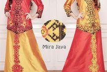 Kebaya Mei 3 / KEBAYA MUSLIM MODERN  Bahan : Taveta Dove Bordir Contact person:  WA : 089-800-500-17 Bbm : 5F5-DDBF4