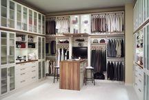 Walkin Closets