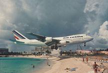 Aviones / by Mary Luz Handler