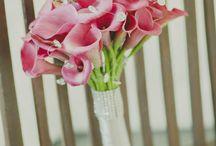 Bouquets by CartagenaMágica / El bouquet es uno de los complementos mágicos de la novia y su diseño nace de la combinación de colores, texturas, formas y aromas que reflejan la personalidad única de ella y el estilo especial de la boda.