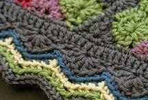 Crochet edge for chevron blanket