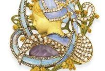antic jewels