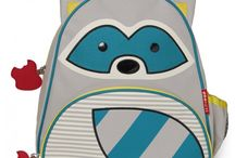 Skip Hop / Must-Haves voor ouders, babies en peuters. Bekend van de rugzakjes, drinkflessen, bordjes,....
