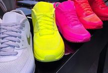 Sneakers to rock / A variety of sneakers