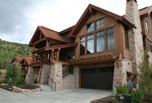 SILVER STAR 5 BEDROOM - PARK CITY, UTAH / Enjoy a luxurious stay at the gorgeous ski-in/ski-out Silver Star townhouse complex located in Park City, Utah. This spacious 5 bedroom home can accommodate up to 13 guests and offers many amenities including a private hot tub, gourmet kitchen, two gas fire places, heated 2-car garage, and more! Silver Star provides you with on-site chairlift to Park City Mountain Resort and a complimentary shuttle that will take you to the base or to nearby Main Street for shopping, dining, and entertainment!