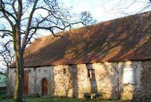 Gîte 1 / Een aantal foto's van het interieur van gîte 1 en het bijbehorende terras en uitzicht