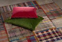 LMG - Tapis  / Dominique déniche aux 4 coins de la planète les plus belles pièces anciennes de tapis, qu'il soient Kilims, Zakatala, Vintage ou Filikili... Découvrez les de suite !