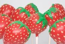 Cake Pops & Cupcakes / by maria Alvarez