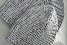 i'm knitting