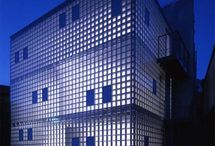 Glass tile/brick