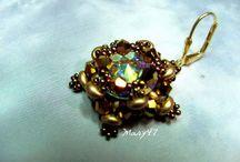 Mary47 bead