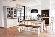 Landhausmöbel / Hochwertige Möbel im Landhausstil