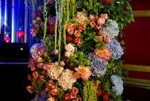 Design Inspiration / Designs we love for the flowers used, the colours we adore, the shape or the concept