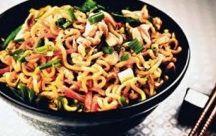 Chefe de Cozinha: Prato Únicos, Salgado e Outros / by Elizabeth Maran