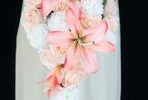 WEDDING: bouquet / by Christina Brewer