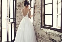 Wedding dresses / by Elise Trauger