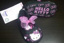 Pre Walker Baby Girl ~ SANRIO Collection / Tersedia 3 ukuran : * 3-6 bulan : 11cm (outsole) * 6-9 bulan : 12cm (outsole) * 9-12 bulan : 13cm (outsole) ( Outsole : bagian luar sepatu)
