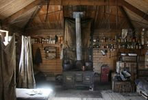 Shackleton and Scott huts / Carpenter Oak & Woodland have twice supplied expert conservators to the repair of these remarkable buildings.