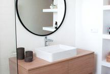 Une salle de bain au style affirmé