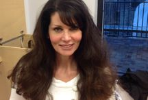 Blow out styles from frizz to fabulous  / Extremely curly hair and frizzy hair