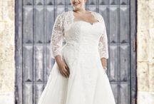 Royal Collection '16 / Exclusive plus-size wedding dresses by Bridalstar.