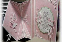 Diamond fold cards