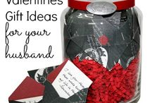 Romantic Valentine's Day Gift Ideas / Our top romantic Valentine's gift ideas