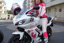 Moto clothes for ladies / PSí is a brand of exclusive motorcycle clothes made in the Czech republic. All clothes are custom designs and made-to-measure. www.psi.eu