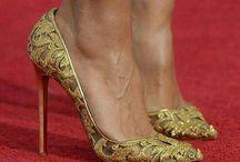 Damn shoes / ❤️