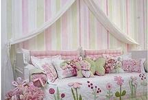 Küçük kız odaları