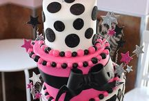 Amazing Cakes / by Sherry Santini
