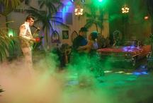 Elvis Weddings, Uh Huh!