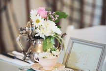 Elegant vintage place settings / For those who like stunning silverware!