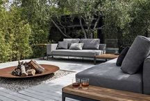 Utendørsliv; hage, møbler, planter