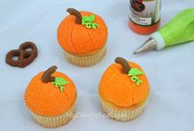Fall - Thanksgiving/Halloween party & craft ideas / by Patricia Holjevic