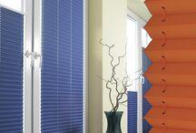Plissee nach Maß aus über 320 Stoffen / Die neue Plissee-Kollektion von Myfaltstores. Viele neue Farben und Dekore und noch mehr Auswahl. Maßgefertigt für Fenster und Tür statt 0815 Standard. Hier ein paar Impressionen unserer Plissee Fatlstores Variationen.