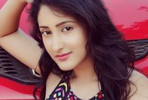Shivya Pathania Rare and Unseen Images, Pictures, Photos & Hot HD Wallpapers