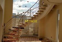 """CORRIMÃO INOX 4 TUBINHOS ESCADA CURVA /  Corrimãos para escada redonda em tubos redondos de aço Inox 304 escovado ou polido, sendo Tubo Superior de 2"""", Colunas de 1.1/2"""" e 4 Tubinhos 5/8"""".  FALE  AGORA COM O SERGIO  Whatsapp: (19) 9.8363.4489  Celular: (19) 78273367 ID: 14*1003369  E-mail: corrimaoinox@hotmail.com  Site: corrimaoinox.wordpress.com"""
