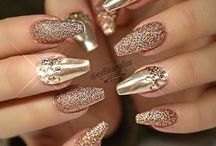 Nails chrome