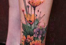 ▪ rosa tattooada / vai faltar corpo pra tanta tatuagem