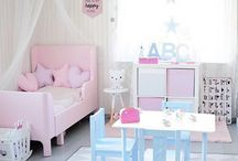 Toddler bedroom/ girl